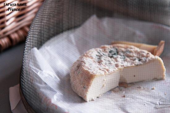 cheese-store-1