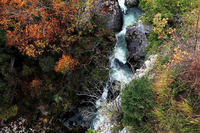 autumn jura-river