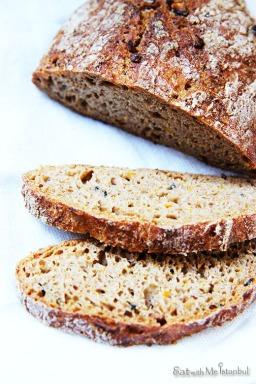 pumpkin rye bread-3