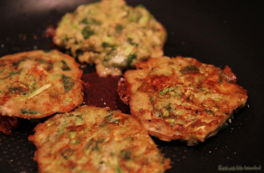 zucchini fritter-making-1