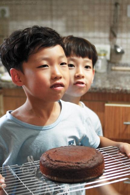choco-raspberry-cake-2